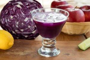 jus de chou rouge bienfaits vitamines mineraux maux d'estomac